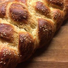 Hefezopf (yeast braid)
