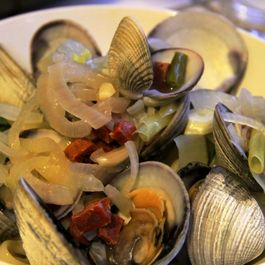 Clams in Spicy Lemon Bath