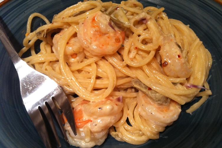 Garlic tarragon cream sauce in artichoke & shrimp pasta