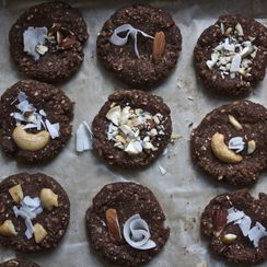 Raw Oatmeal Coconut Chocolate Nut Cookies