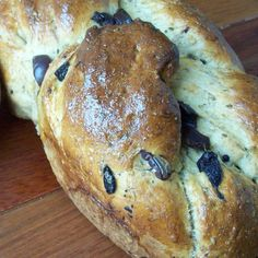 Zaatar and Olive Challah Bread