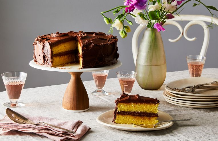 The Best Yellow Cake Recipe Borrows a Trick From the Box