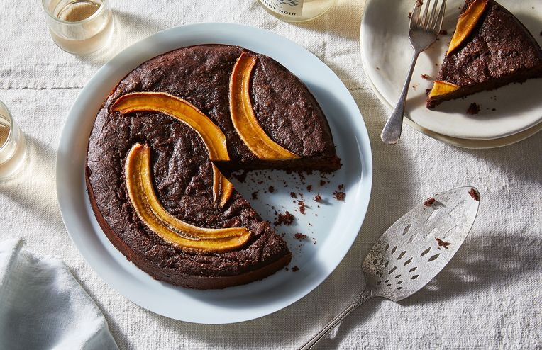 The Fudgy Banana-Brownie Cake You Can Eat for Breakfast