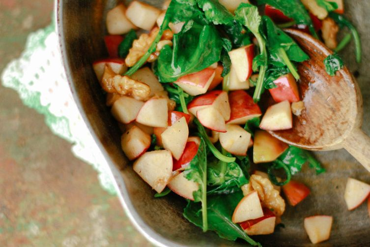 Sweet Apple, Kale, and Walnut Sauté