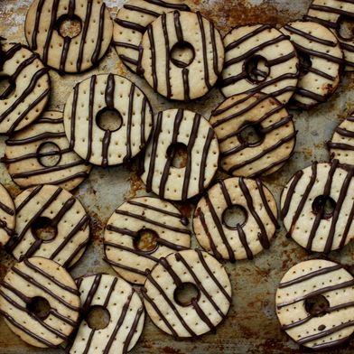 How to Make Fudge Stripe Cookies at Home