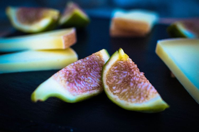 Figs with Pecorino Cheese & Honey