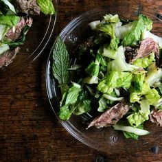 A 6-Ingredient Steak Salad That's Open to Interpretation