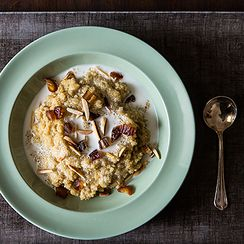 Toasted Almond and Coconut Quinoa Porridge