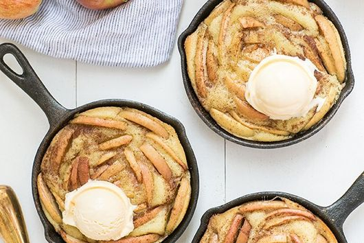 Cast Iron Olive Oil and Apple Cakes
