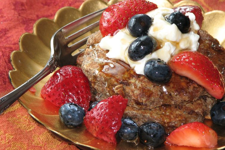 Cookhacker's Whole Grain Fruit and Nut Pancakes