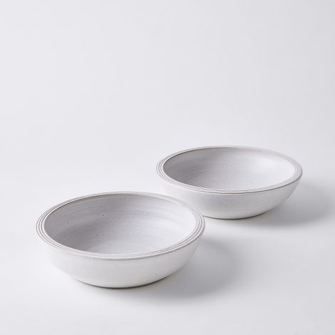 Handmade Simple Stoneware Shallow Bowls (Set of 2)