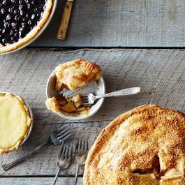 Mini Hidden Quote Summer Pie Plate Set