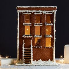 Our Dream Gingerbread Brownstone (& Tips for Making Your Own Gingerbread House)