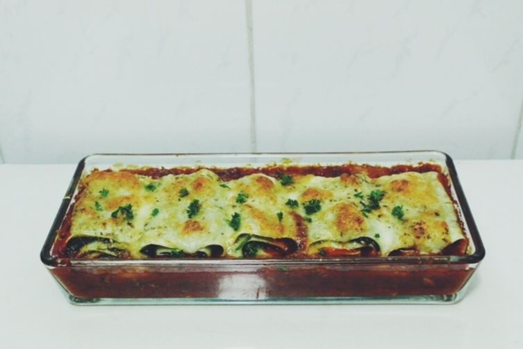 three cheese spinach cannelloni