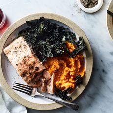 14fc076e 7cfe 4b44 9d3a b9b28502c1d0  2018 0320 salmon with kale and sweet potato 3x2 julia gartland 234