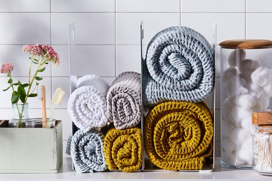 4 Ways to Put Your Towels on Display (Even in a Small Bathroom)