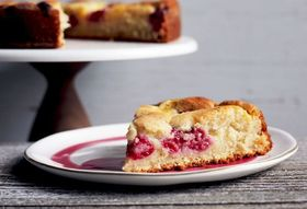 Butter Cake Just Got *Way* Better, Thanks to This Smarty-Pants Trick