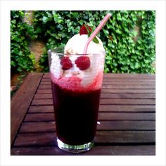 Raspberry Lambic Float