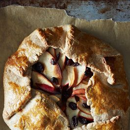 513e39b3-4f53-4432-973a-88b366fed232.2013-1119_finalist_apple-pumpkin-galette-520
