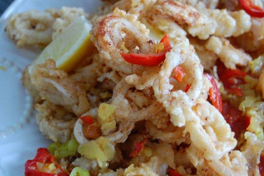 Calamari Fritti with Pepper Sauce