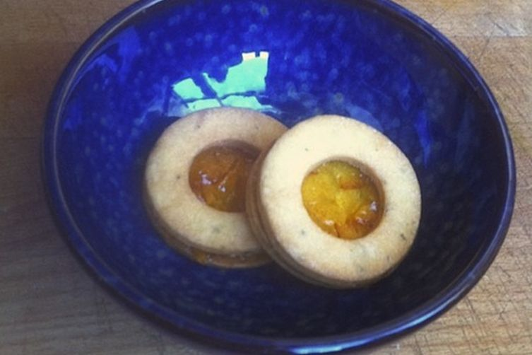 Rosemary-Fennel Cookies with Marmalade