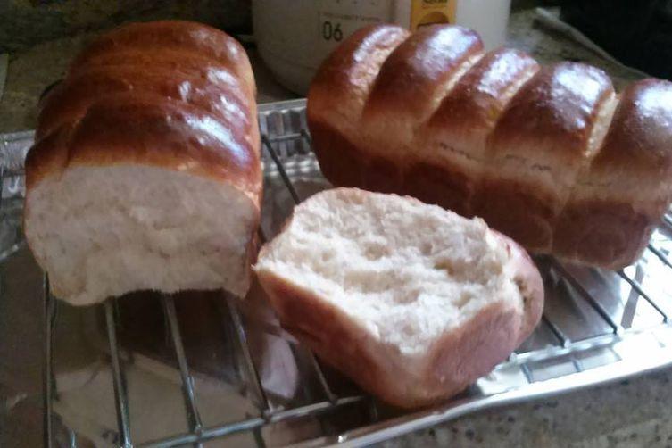 Oatmeal Milk Bread