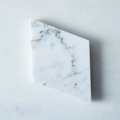 Madewell x Food52 Modular Marble Trivet & Cheese Board