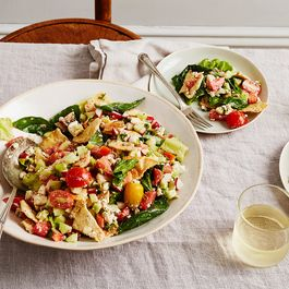 341b06aa 2662 4583 8f2b c489806ebb0c  2016 0726 summer panzanella with pita and tomatoes bobbi lin 1006