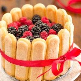 5d755f4c c74e 4c85 8319 4df9781c2167  mixed berry charlotte cake recipe fg