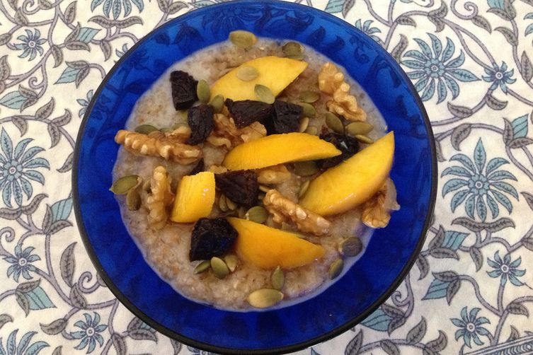 Hot Cereal with Fresh Fruit, Dried Fruit, Seeds & Nuts