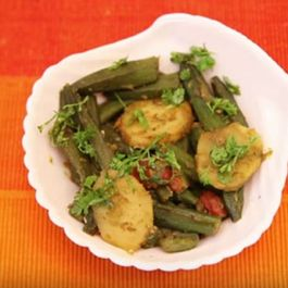 Sindhi Bhindi Aloo In Green Masala
