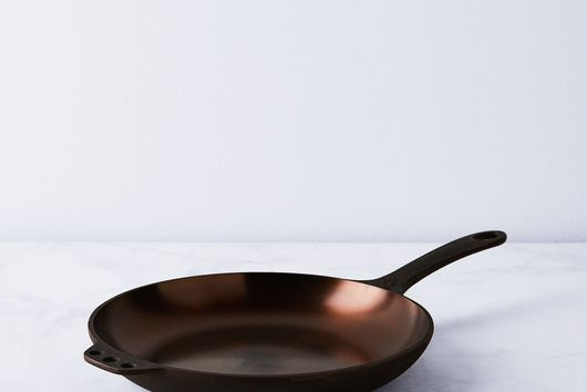 "Smithey Cast Iron Chef Skillet, 10"""