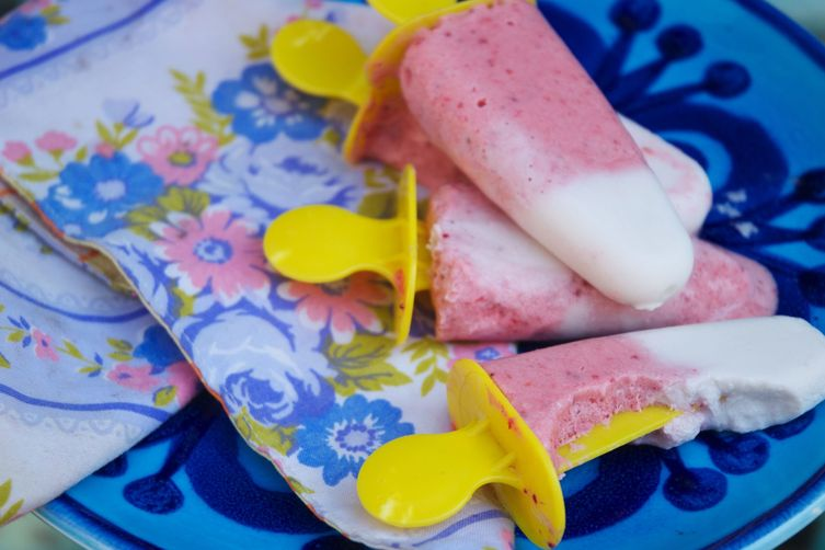 Refreshingly Healthy Strawberry Creamsicles