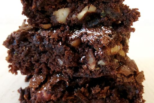 Zucchini Cashew Brownies