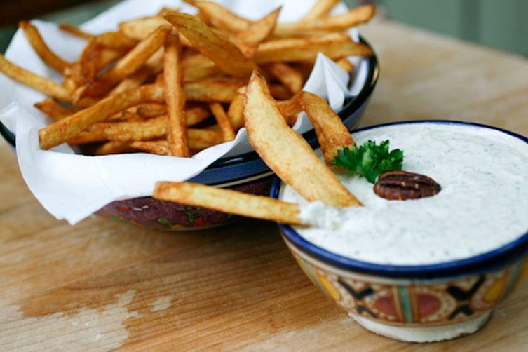 Tri-Cheese and arak dip
