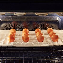How to Hard Cook Lots of Eggs at Once