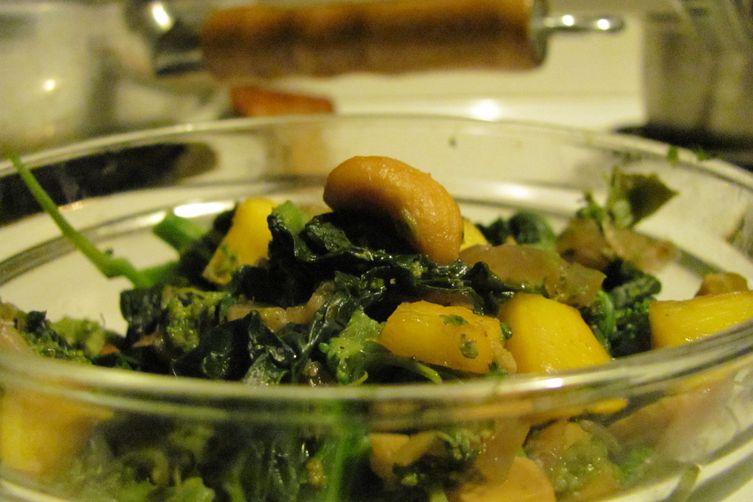 Mango Cashew Broccoli Rabe