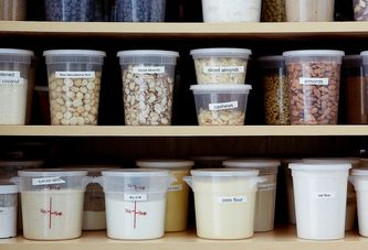 How to Spruce Up Your Pantry (& Restock it Smartly)