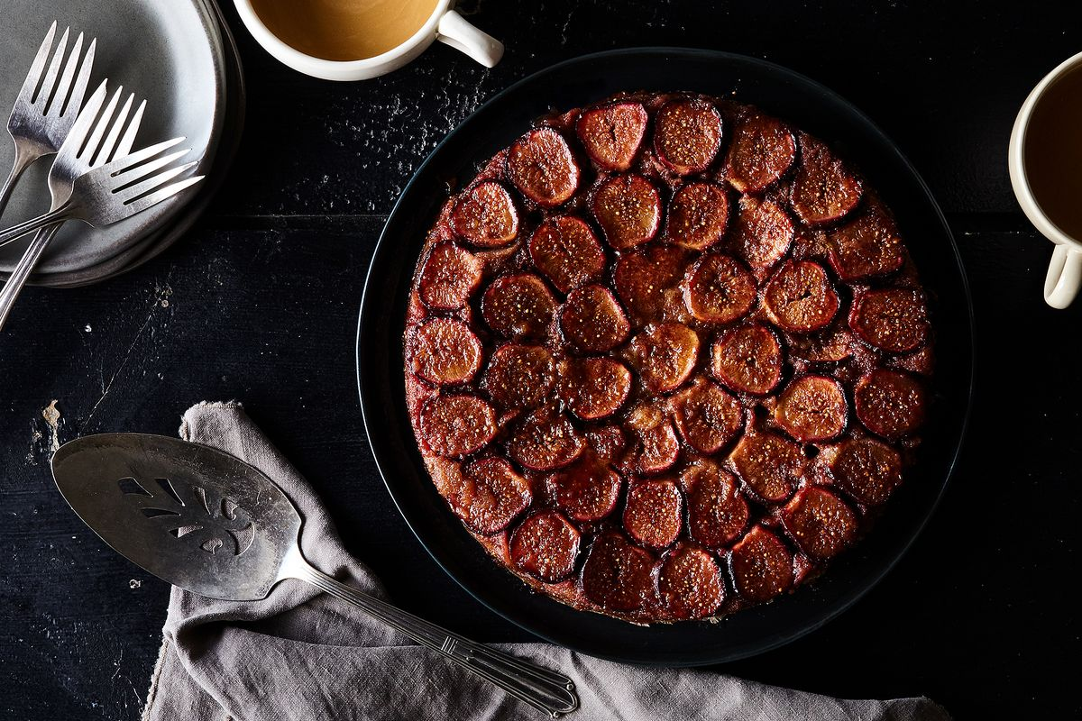 Move Aside, Pineapple: There's a Better Upside-Down Cake in Town
