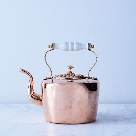 Vintage Copper English Tea Kettle with Porcelain Handle, Mid 19th Century