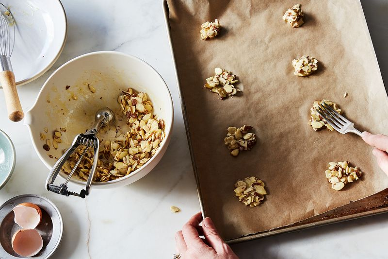 These Genius, 3-Ingredient Cookies Will Be Ready Before the Oven Beeps