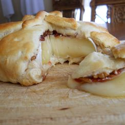 Cherry, Pecan and Rosemary Brie en croute