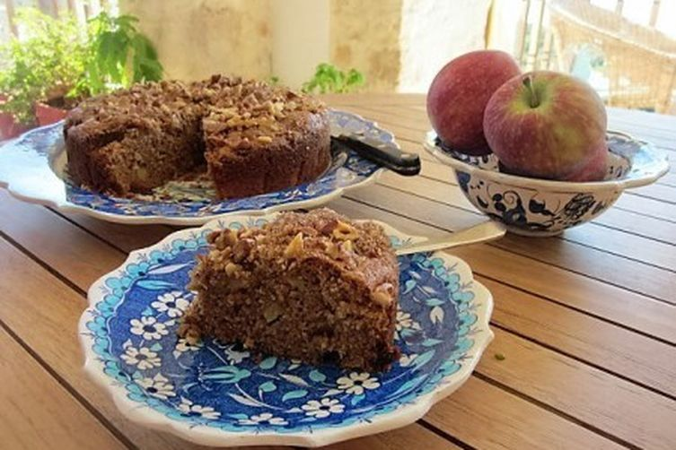 Spiced apple fudge cake