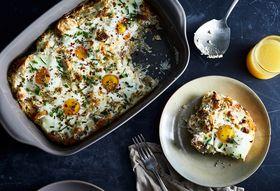 282043da 7e51 475f a662 5ccc05c90f55  2018 0116 baked eggs with ricotta and onions 3x2 julia gartland 113