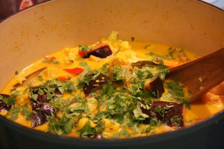 Eggplant yellow curry