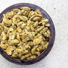 Asian-Style Roasted Cashews