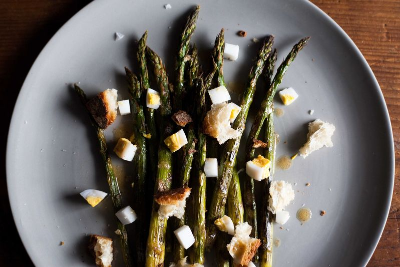 Roasted Asparagus with Chopped Egg and Torn Bread Bagna Cauda Toasts ...