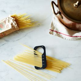 Contemporary Japanese Dry Pasta Measure