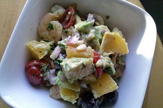 25931354-8057-4e70-b16d-b381fc9679b8.shrimp_and_avocado_salad