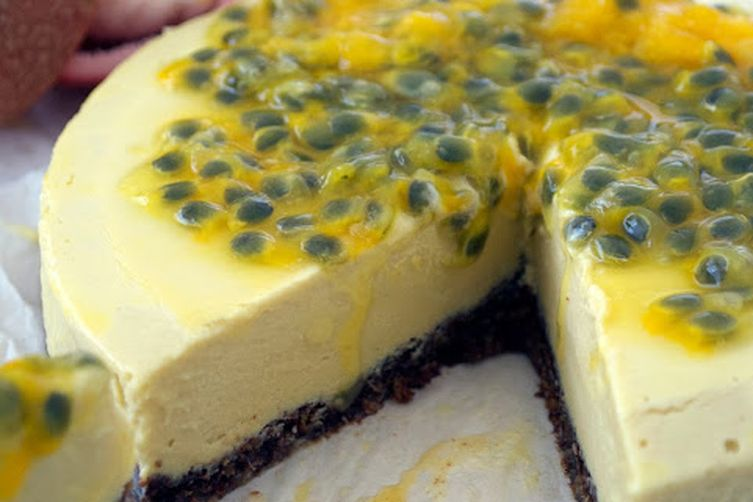 Tropical Cream Cake with Passion Fruit
